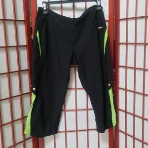 Reebok Cropped Capri workout pants